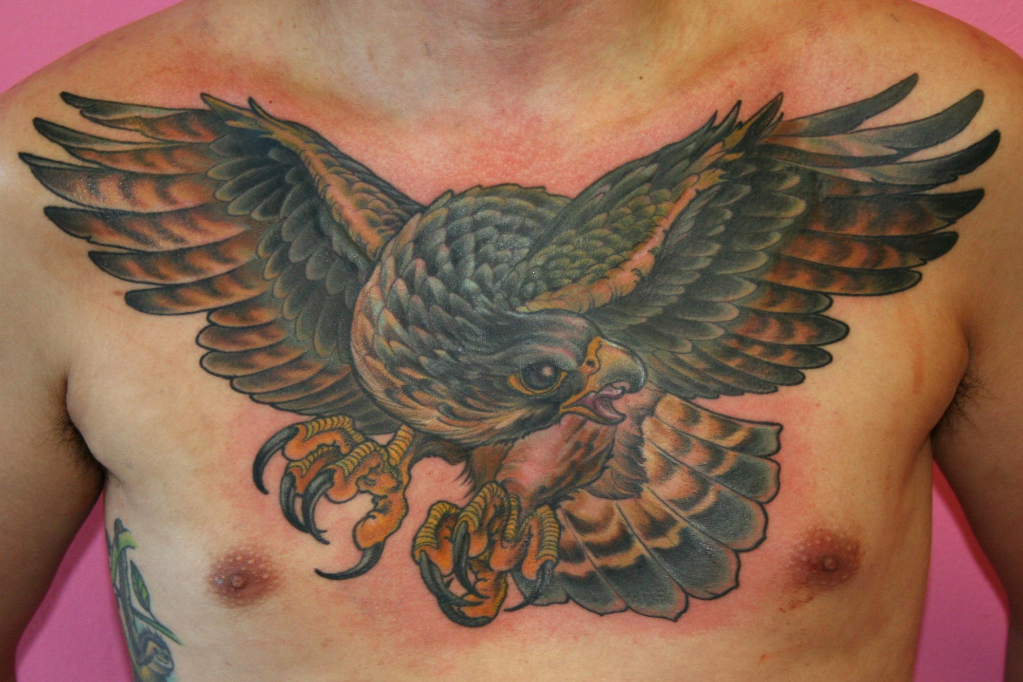 falcon-chest